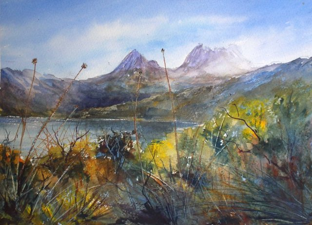 Cradle Mt, Lake Dove with buttongrass